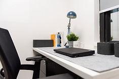 Ooosh-Coworking-Hong-Kong-Desk-2.jpg