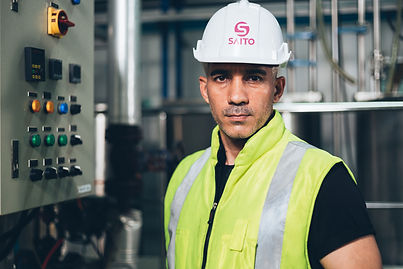 portrait-of-factory-worker-at-manufactur