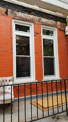 Double hung windows with a picture window transom