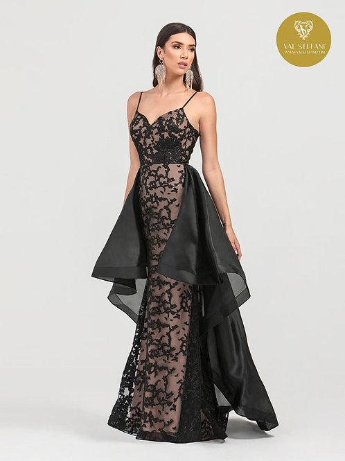 Val Stefani Style# 3423RG