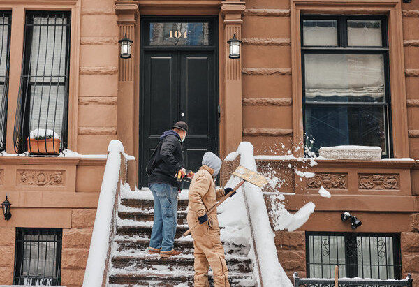 After the Storm, New York Digs Its Way Out