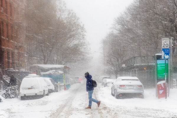 New York Braces for Second Day of Snow