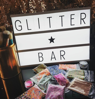 cambridge_glitter_bar_21690532_350156642