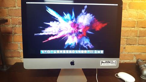 iMac Slim at RizTech
