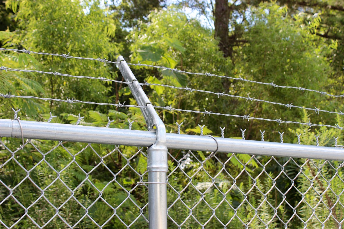 Commercial Chain Link with 3 Strands of Barbed Wire