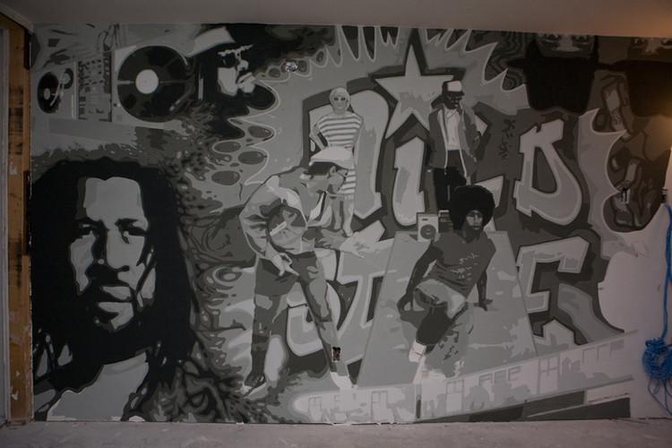 PageImage-490731-2063121-mural15.jpg