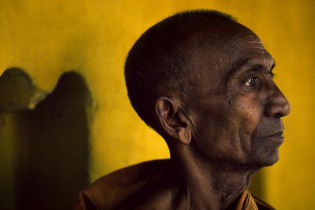 cox's bazaar Buddhist monk