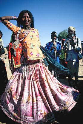 Dancing kavelier woman, Rajasthan