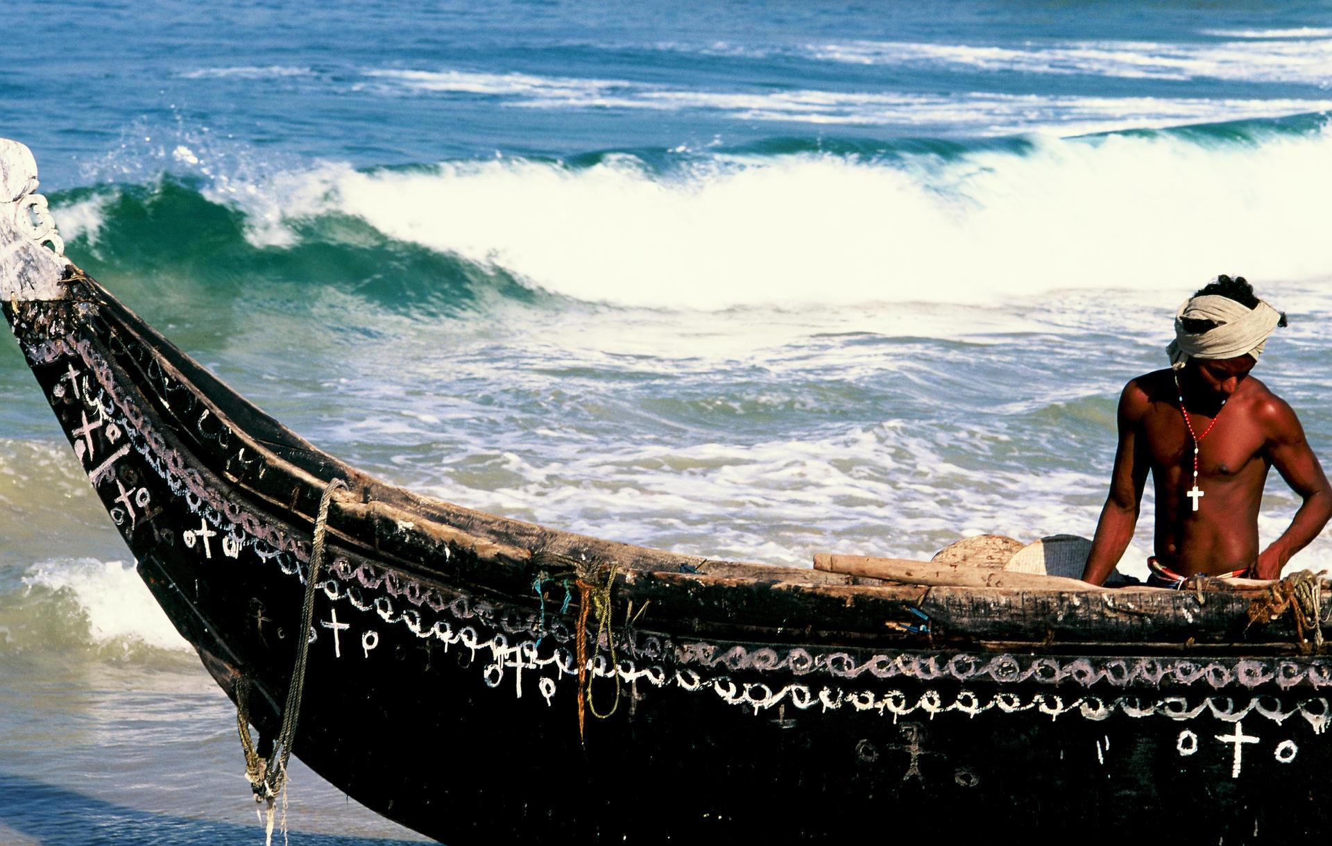 Keralan fisherman 2 crop.jpg