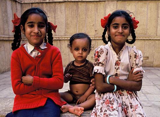 Sisters and little boy Jaisalmer