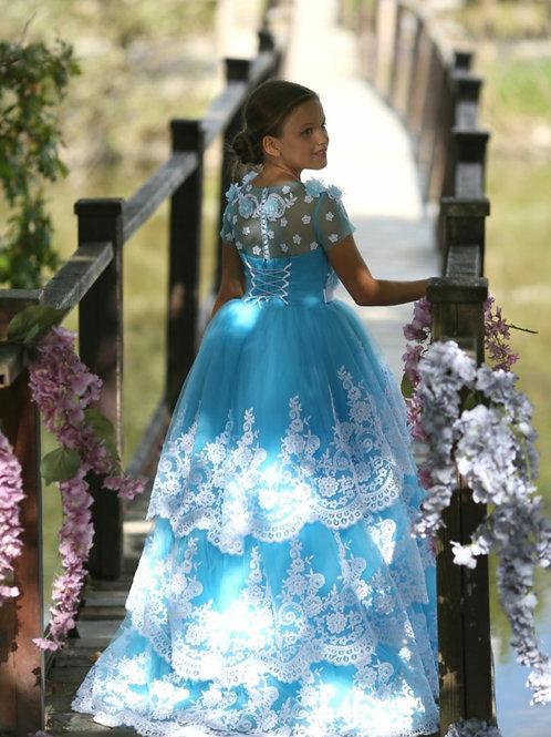 Auriane gown