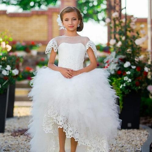 Natalia flower girl