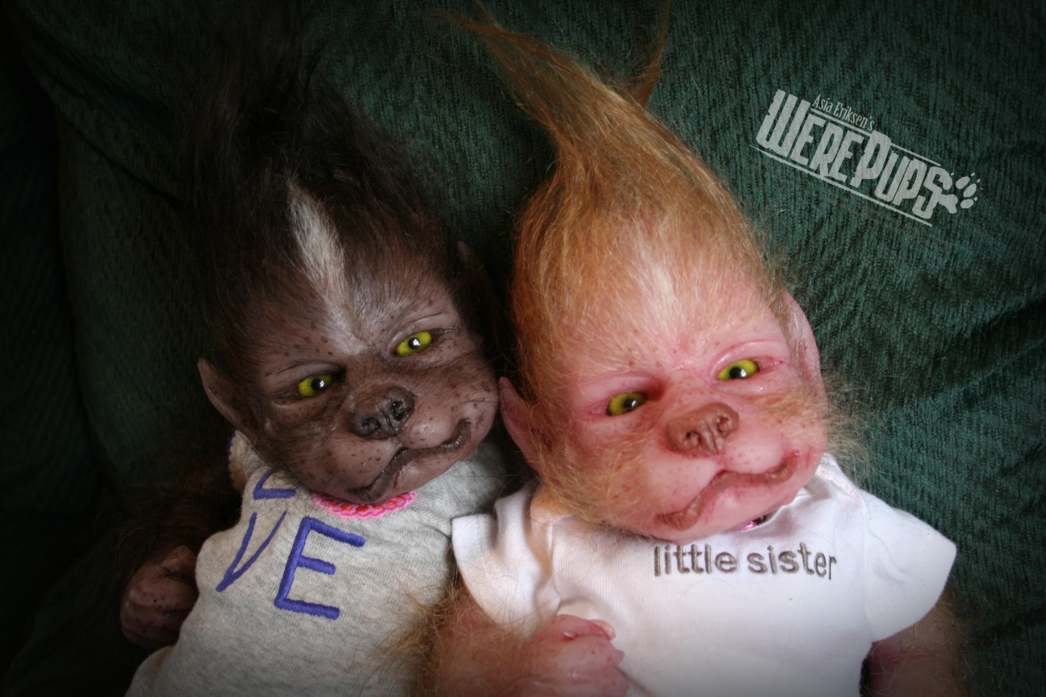 Twins Anya and Jezebel