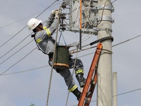 Terceirização e dispensas contribuem para caos na energia de MS, denuncia sindicato