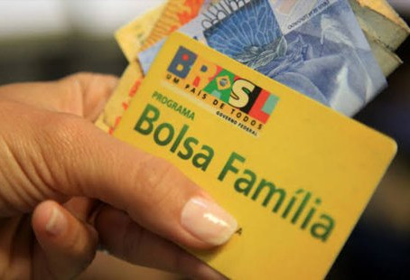 Caixa paga 1ª parcela do auxílio emergencial para inscritos no Bolsa Família com NIS final 5