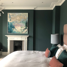 Alice Cescatti in bedroom
