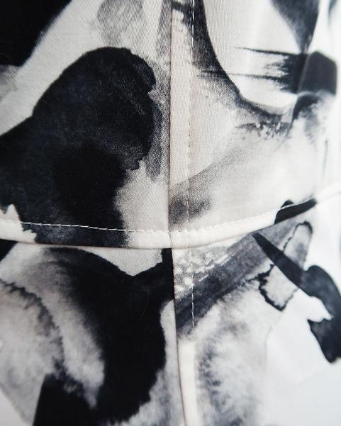 Detail 4 Insta Kleid.jpg