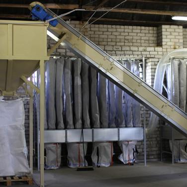 bulk bagging and conveyor