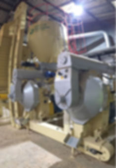 complete straw pelleting system wood pelleting