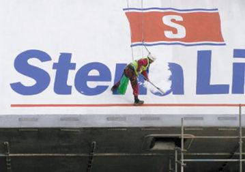 Abseil Painting Stenaline Belfast