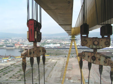 Painting Harland Wolff Cranes Belfast