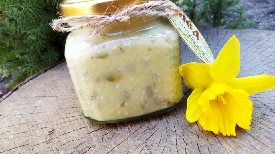 Крем-мёд с кунжутом и семечками