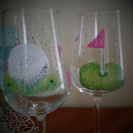 girlie golf wine glasses.jpg