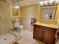 560839_bathroom_2