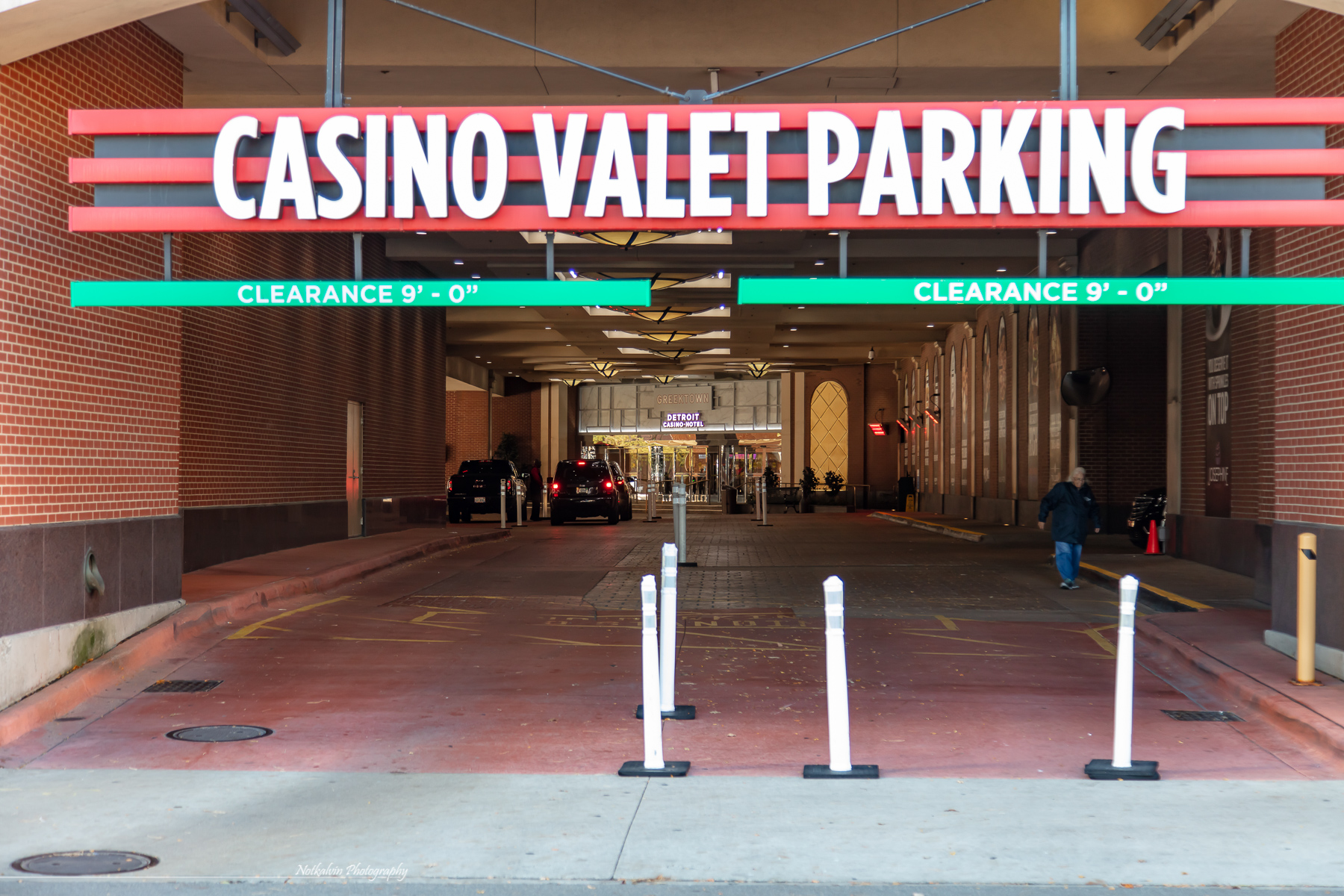 VIP and Valet Parking - 1z3a8664