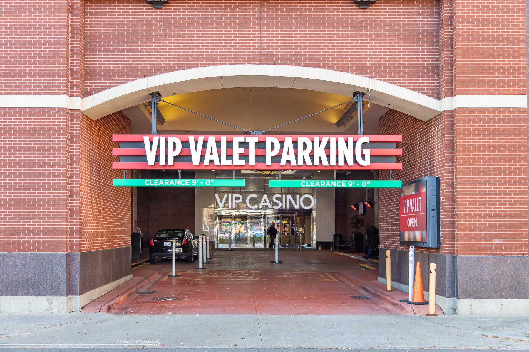 VIP Valet Parking - 1z3a8583