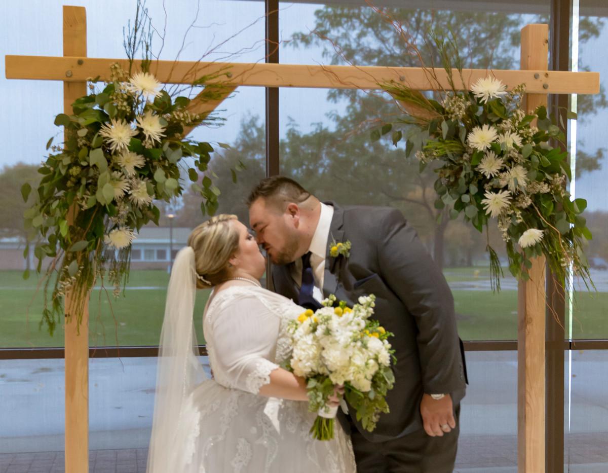 T+T Wedding - img_0677.jpg