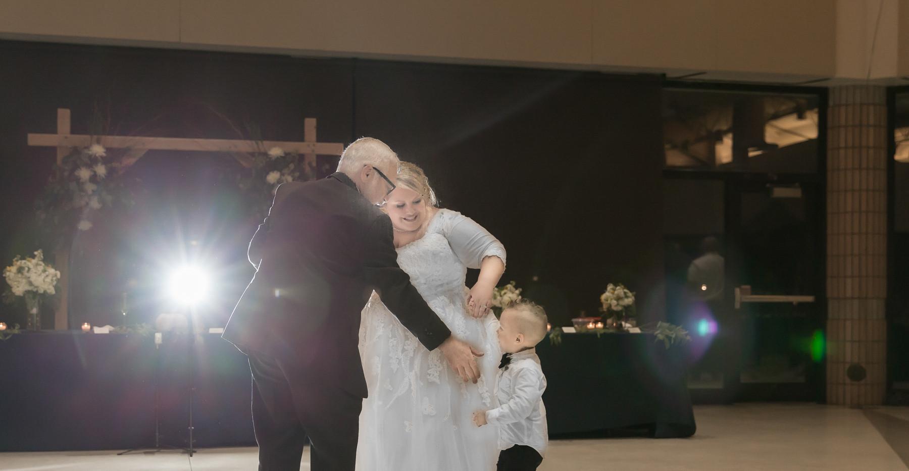T+T Wedding - img_1194.jpg