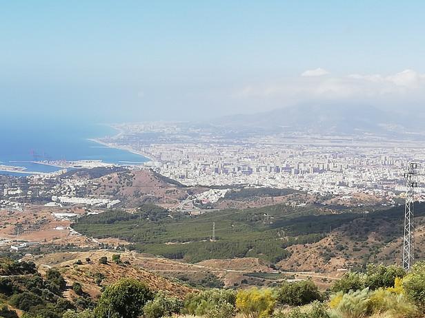 Malaga set fra en smuk udsigtspunkt