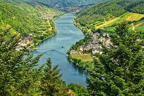 river-4336788_1920.jpg