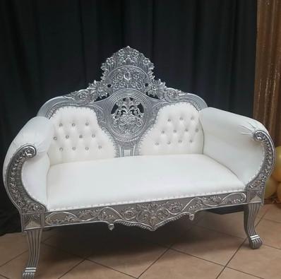 Double Centercrown Throne Silver White