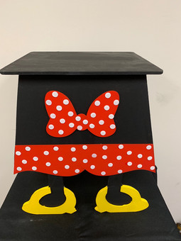 MICKEY MOUSE CAKE STAND BOW 16 INCH TALL