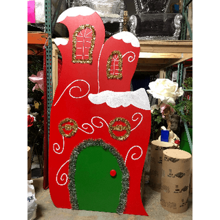 WHOVILLE HOUSE 5 RED WITH GREEN DOOR 4X8