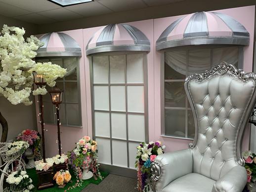 Theme Paris Cafe Pink Wall
