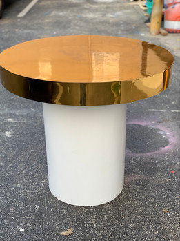 Cake Table Round Gold White