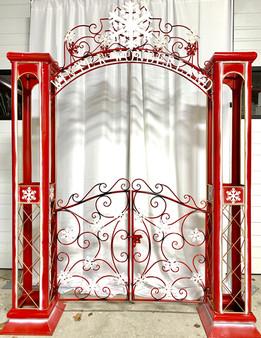 FLOOR PROP GATES WINTER WONDERLAND