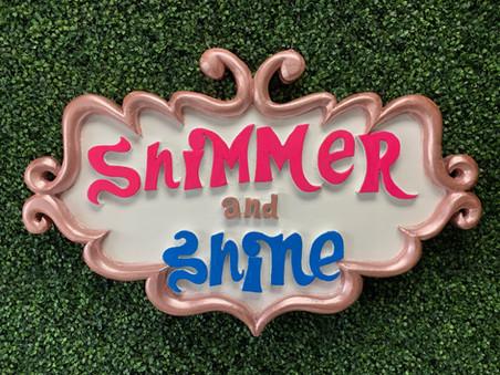 Shimmer & Shine Wall Prop