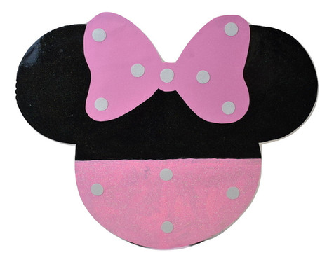 BACKDROP PROP MINNIE MOUSE WITH BOW WB.j