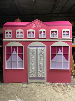 Theme Barbie Mansion