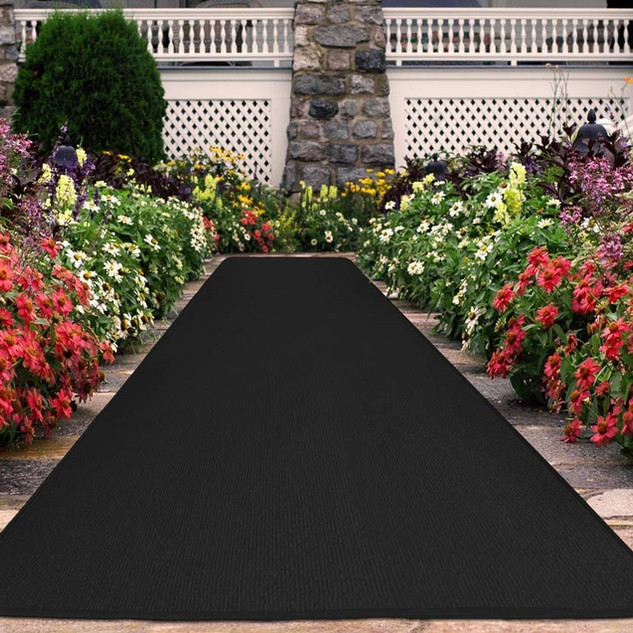 Black Carpet Runner 4x25