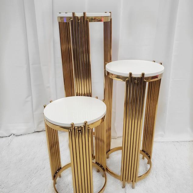 Tanquan Pedestal Set Round Gold