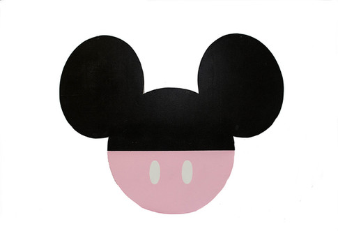 WOOD BACKDROP PROP MINNIE MOUSE BLK PINK