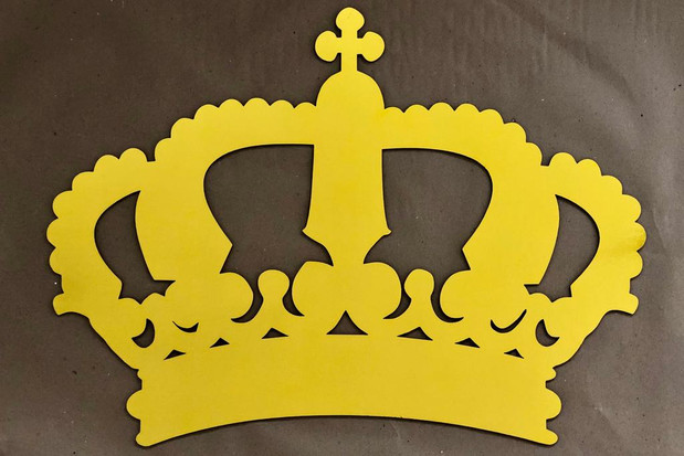 Crown Style 2 Wall Props