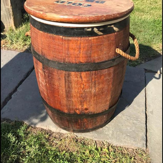 Wooden Vintage Barrel with Lid