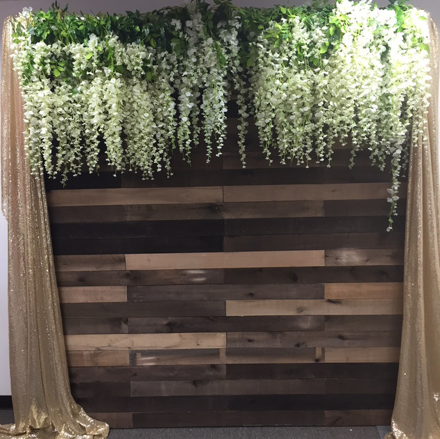 Rustic Wooden Wall 8x8