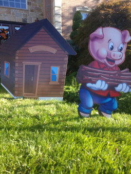 Piggie Wood House Wood cutout